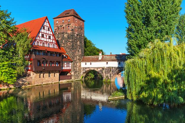 Die ruhigen Gewässer in Nürnberg sind ideal für Stand-Up Paddeling geeignet, auch wenn es das erste Mal ist