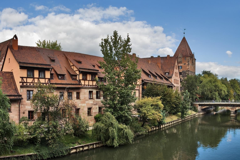 Zwischen Stadtmauer und Gewässer befindet sich an Fronleichnam die größte kreative Vielfalt an Biersorten.