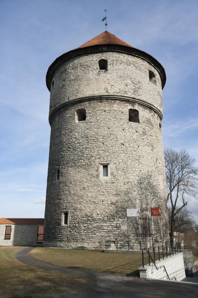 Die urbane Legende vom alten Hexenturm in München